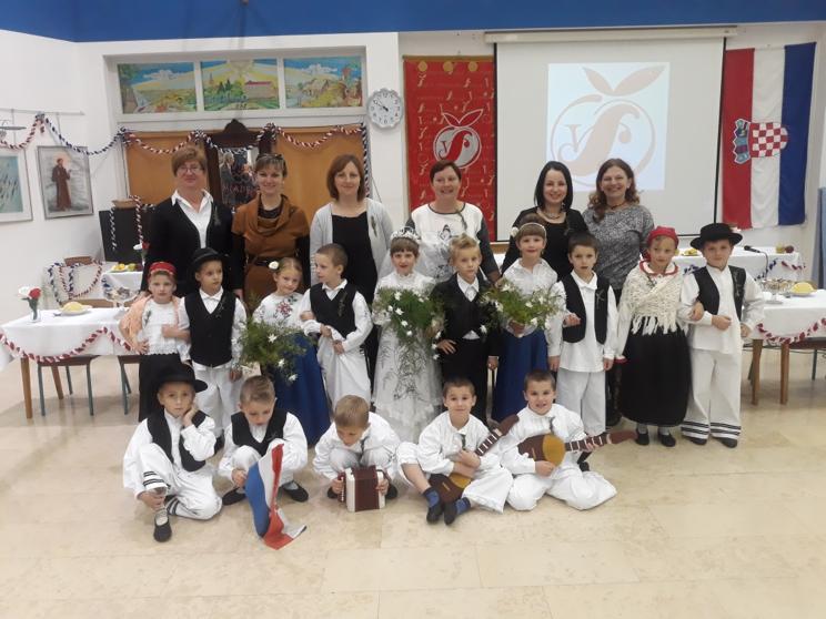 """Na Kajkavskom etnografskom kvizu u Virju sudjelovali i polaznici dječjeg vrtića """"Zvončić"""""""